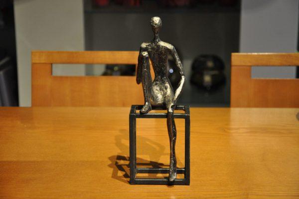 Dekoobjekt Metall Polyresin 8x10x26cmH 59€