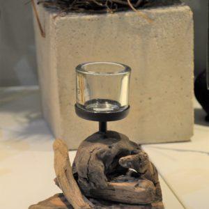 Teelicht auf Wurzelholz Hca.18cm 14,90€