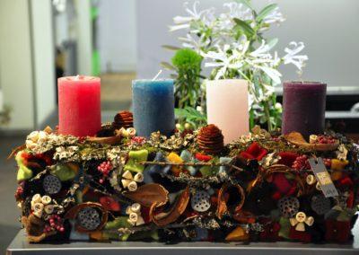 Bunter Advents Kranz Verschiedene Kerzen